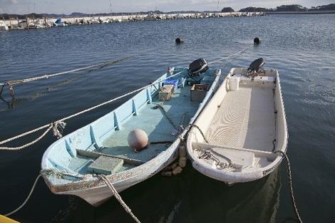 漁に行く前の船