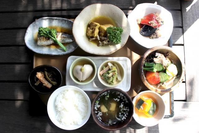 健康的な食事のメニュー